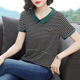 中年妈妈夏装短袖女2019宽松大码条纹t恤女士半袖衫翻领体桖