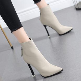 网红小短靴女2018秋冬季马丁靴女英伦风尖头高跟鞋细跟瘦瘦靴