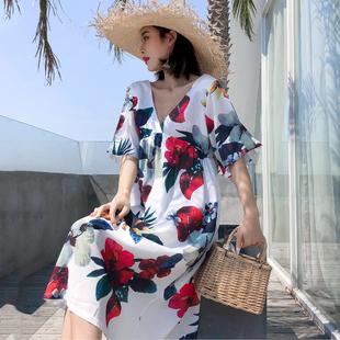 巴厘岛沙滩裙网红宽松短袖雪纺印花露背长裙海边度假旅行连衣裙夏