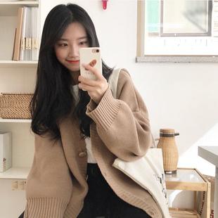 酱果自制日系秋季百搭少女宽松显瘦可爱加厚纽扣毛衣针织开衫外套