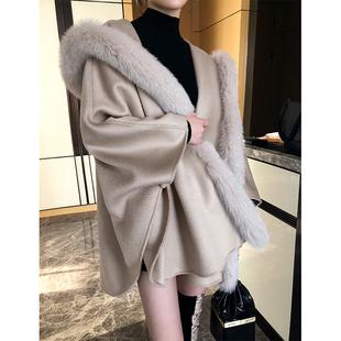 SOULKISS双面澳洲羊毛水波纹狐狸毛领羊绒大衣斗篷披肩毛呢外套女