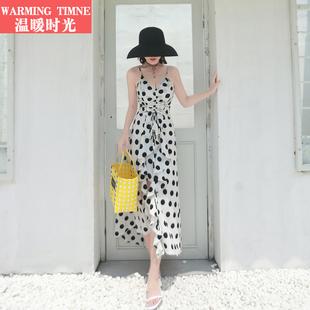 沙滩裙女三亚海边度假泰国显瘦长裙法式复古波点吊带连衣裙夏