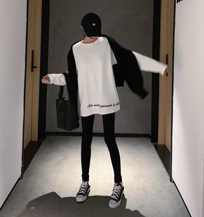 秋冬季宽松刺绣中长款T恤女港风纯色圆领套头内搭打底衫上衣