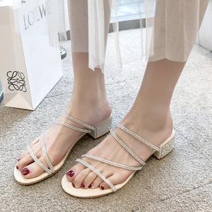 2019夏水钻凉鞋中跟粗跟一字带两穿拖鞋仙女风高跟鞋罗马女鞋