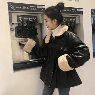 2018宽松加绒加厚机车pu皮衣女冬季短款羊羔毛高腰小外套