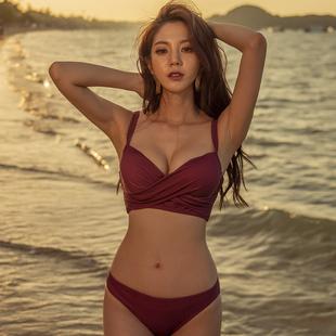 比基尼酒红色钢托聚拢修饰大小胸性感温泉度假分体女泳衣