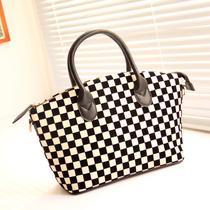 新品包邮 2012潮流新品 英伦格子包 潮流黑白配贝壳包手提包女包
