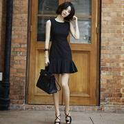 夏季气质性感高腰显瘦无袖赫本小黑裙荷叶边背心裙黑色连衣裙