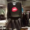 欧洲站2014早秋套装圆领长袖红嘴唇毛衣时尚蓬蓬短裙套装