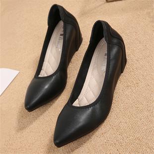 尖头坡跟单鞋女平底软底职业空姐女鞋黑色上班浅口舒适中跟工作鞋