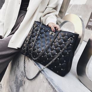 包包女2018斜挎女包菱格包chic时尚链条铆钉单肩手提大包