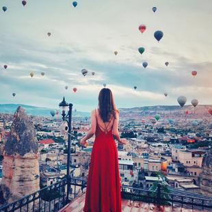 2019女夏装吊带连衣裙红色性感露背沙滩裙子雪纺海边度假长裙